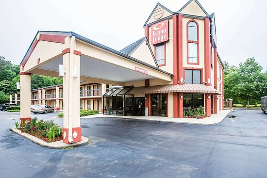 Econo Lodge South Garner: Hotel exterior