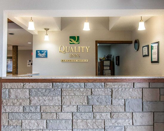 Upper Sandusky, OH: Front desk with friendly staff