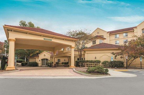 La Quinta Inn Amp Suites Raleigh Crabtree 85 ̶1̶0̶0̶