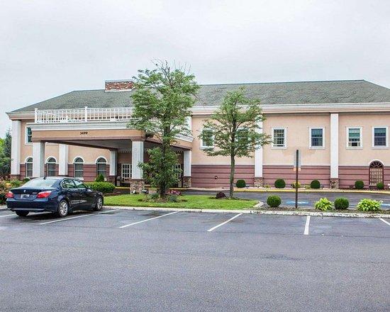 Clarion Hotel Palmer Inn in Princeton, NJ