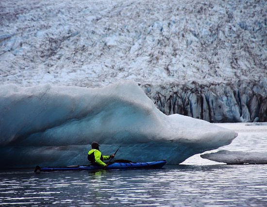 Гердвуд, Аляска: Spencer Glacier - Glacier Blue Kayak - PC Guide Corey Anderson