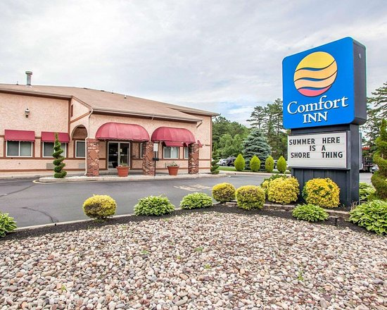 Comfort Inn near Toms River Corporate Park hotel in Manchester Township, NJ