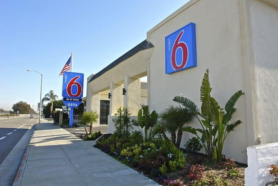 Motel 6 Newport Beach: Exterior view