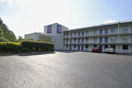 Motel 6 Raleigh Southwest - Cary