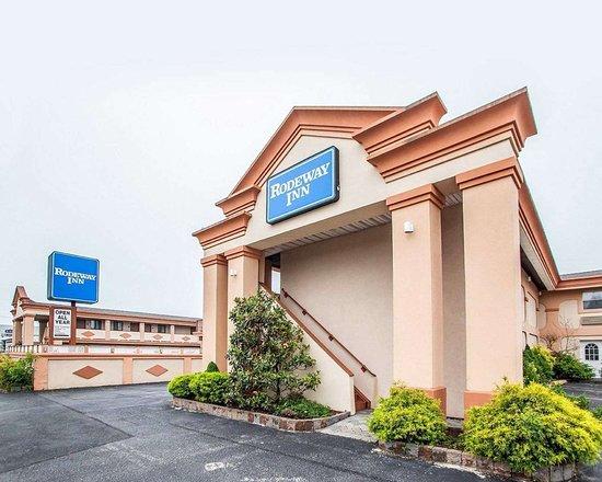 Rodeway Inn Point Pleasant : Rodeway Inn, Point Pleasant hotel near Jenkinson Boardwalk