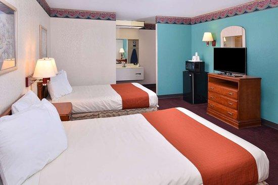 two double beds picture of americas best value inn wildersville rh tripadvisor com ph