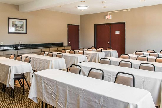 Comfort Suites I-35 North: Meeting room