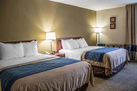 Comfort Inn: Guest room with queen beds