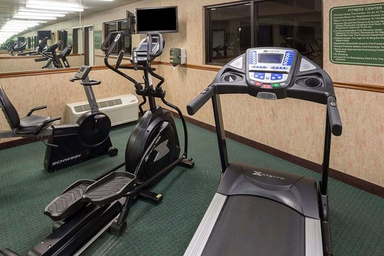 Hawthorn Suites by Wyndham Napa Valley: Fitness Center