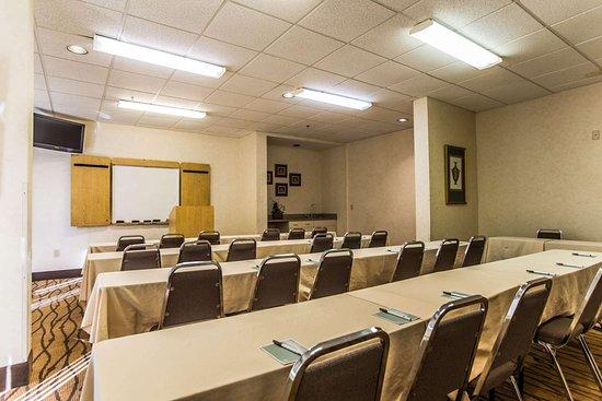 Sleep Inn Airport: Meeting room