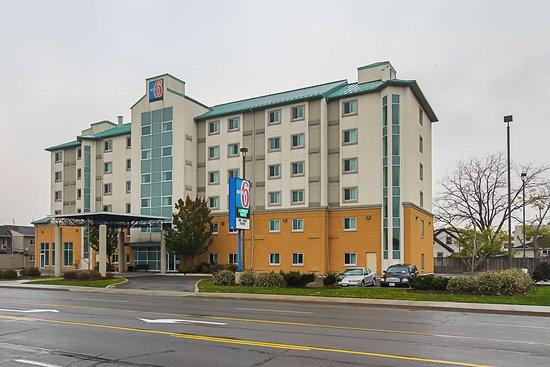 Motel 6 Niagara Falls: exterior