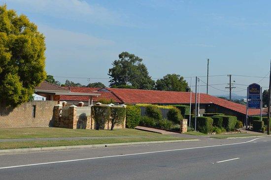 Best Western Endeavour Motel: Motel Front