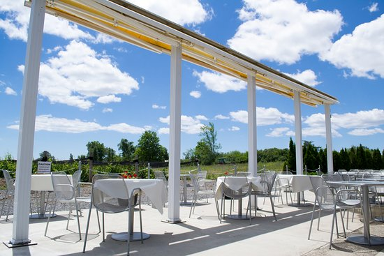 Bay of Quinte, Canada: This award-winning winery is complete with a patio, contemporary art gallery and elegant accomod