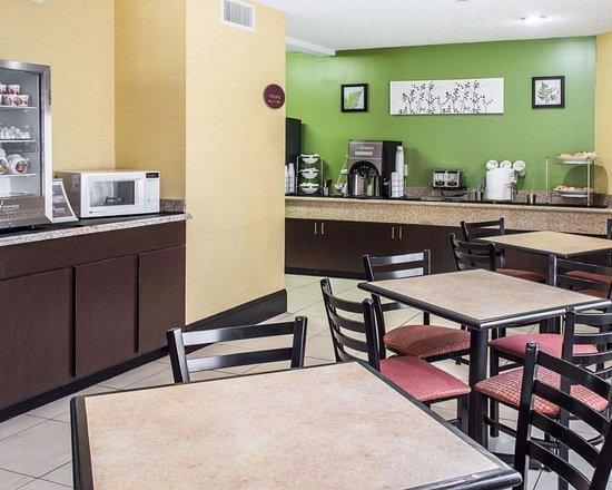 Sleep Inn, Wytheville: Breakfast area