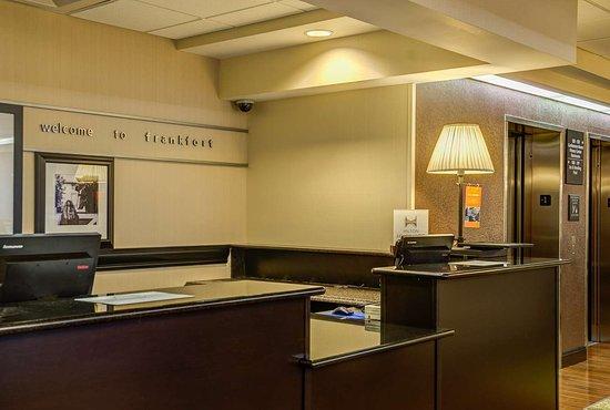 Hampton Inn Frankfort: Reception