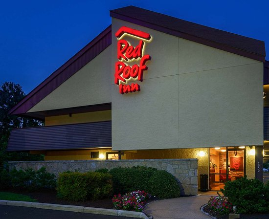 red roof inn utica updated 2018 prices hotel reviews. Black Bedroom Furniture Sets. Home Design Ideas