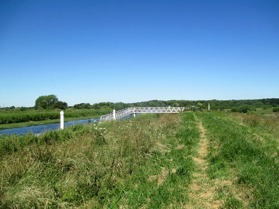 Fiskerton, UK: River and jetty