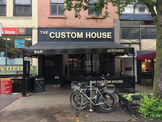 The Custom House