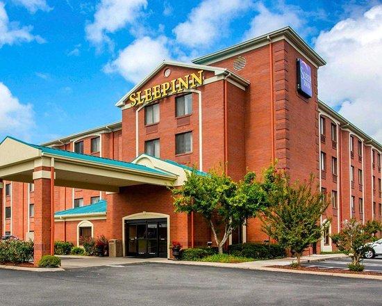 Sleep Inn: Hotel entrance