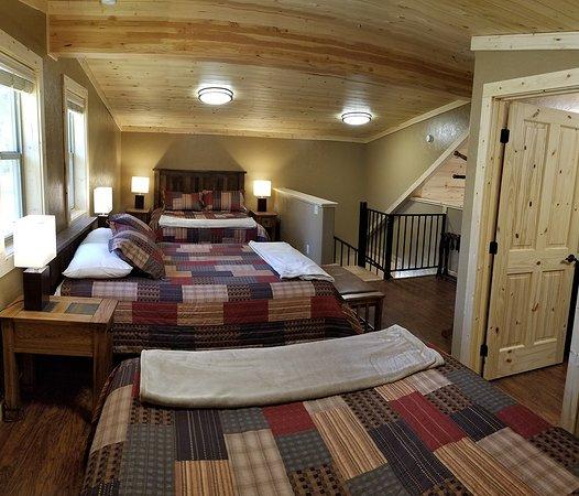 Troy, MT: Lodge Loft