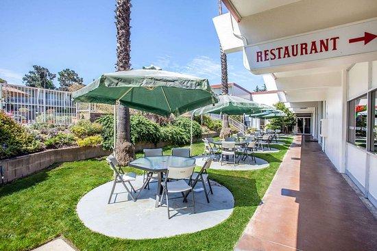 Travelodge By Wyndham Monterey Bay Californien Motel