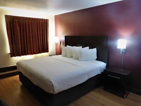 Red Roof Inn Cameron $60 ($̶6̶5̶) - UPDATED 2018 Prices ...