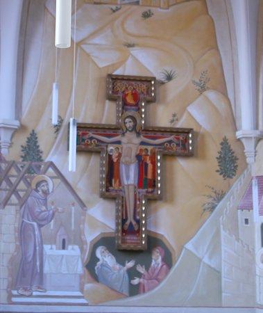 La chapelle et ses fresques du Monastère Sainte-Claire de Poligny
