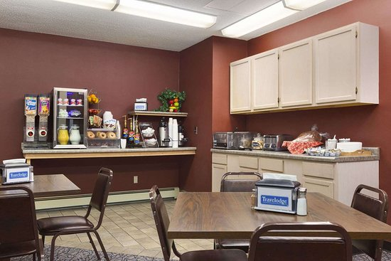 Travelodge by Wyndham Motel of St Cloud: Breakfast Area