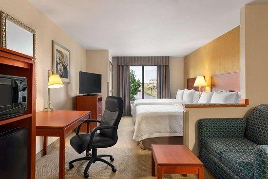 Hampton Inn Spearfish: Guest room