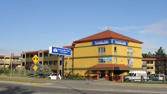 Americas Best Value Inn - Executive Suite Airport Hotel