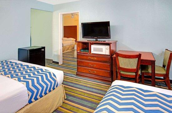 ترافلدوج بيشوب: Guest Room