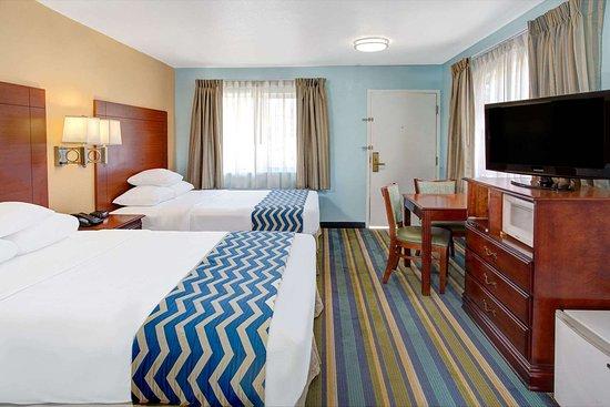 ترافلدوج بيشوب: 2 Bed Guest Room