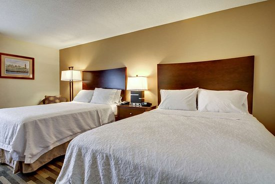 hampton inn southport updated 2018 prices hotel. Black Bedroom Furniture Sets. Home Design Ideas