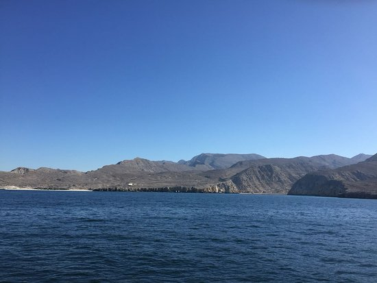 Musandam Governorate, Oman: musandam botting