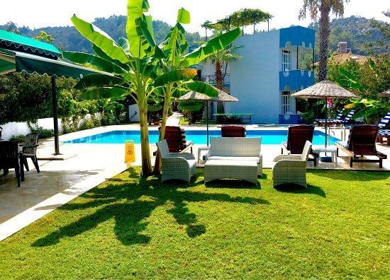 Orhaniye, Tyrkia: Havuz ve Motel...