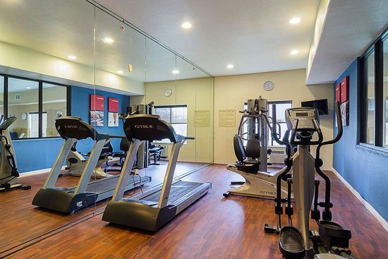 Quality Suites North IH 35: Exercise room