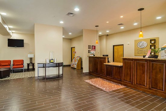 Quality Suites North IH 35: Lobby