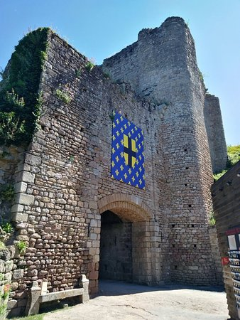 Tiffauges, Frankrijk: IMG_20180622_113215_large.jpg