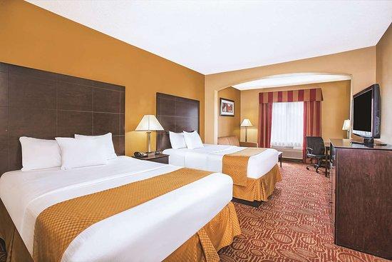 La Quinta Inn & Suites Columbus West - Hilliard: Guest room