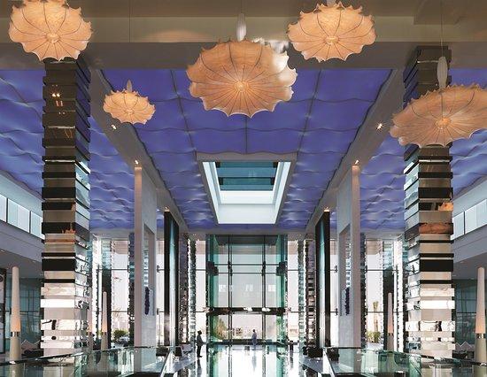 Fairmont Bab Al Bahr: Lobby