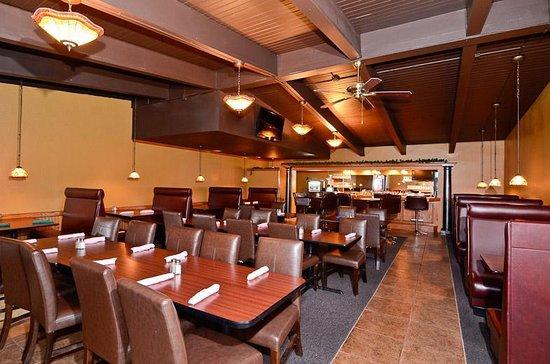 Iola, KS : On Site Restaurant