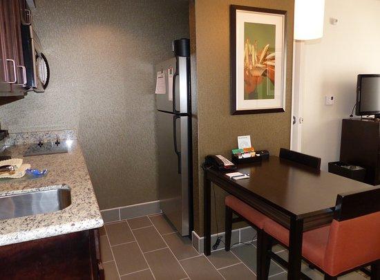 Warrington, PA: Kitchen -- Homewood Suites, Doylestown, PA