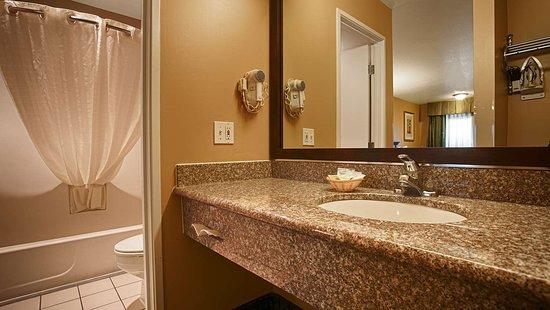 Fernley, NV: Bathroom