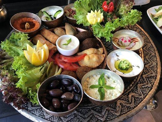 Divan Glyfada Athens - Shisha Glyfada Athens - Halal Food