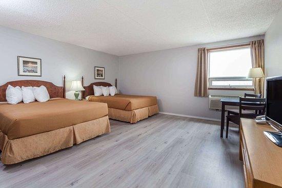 Melville, Kanada: Guest room