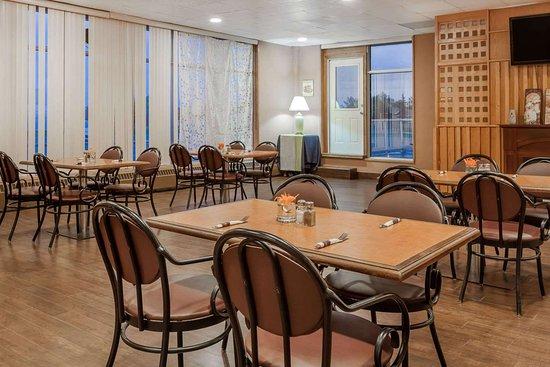 Melville, Kanada: Restaurant