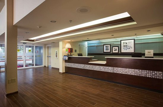 Hampton Inn Orlando/Lake Buena Vista: Reception
