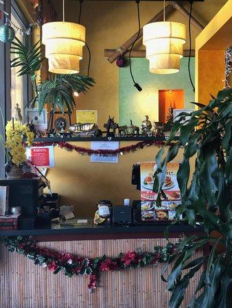 San Pablo, CA: Counter at Sala Thai.