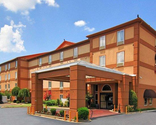 Quality Suites I-240 East-airport  62    U03368 U03365 U0336