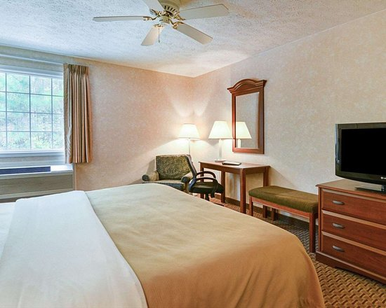 Burkeville, VA: Guest room with added amenities